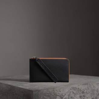 Burberry Two-tone Grainy Leather Travel Wallet