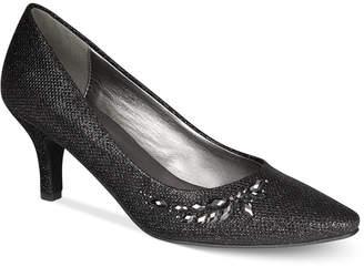 Karen Scott Marlys Pumps, Women Shoes