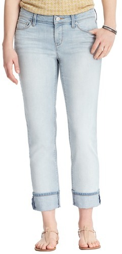 LOFT Curvy Straight Cuffed Cropped Jeans in Skyline Wash