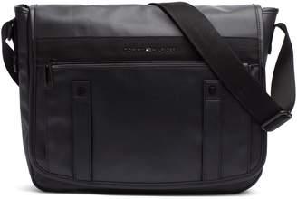 Tommy Hilfiger Messenger Bag