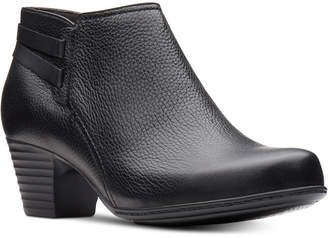 Clarks Collection Women Valarie 2 Ashly Booties Women Shoes