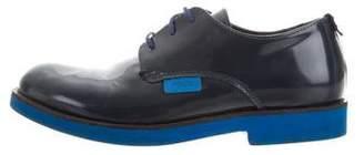 Fendi Leather Round-Toe Oxfords