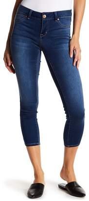1822 Denim Butter Stretch Crop Jeans