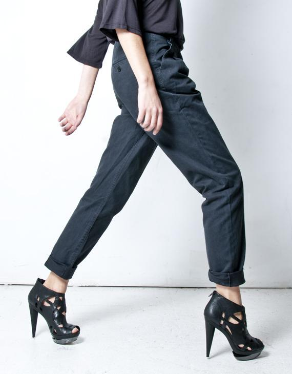 Oak Mottled Black Double Pleat Pant