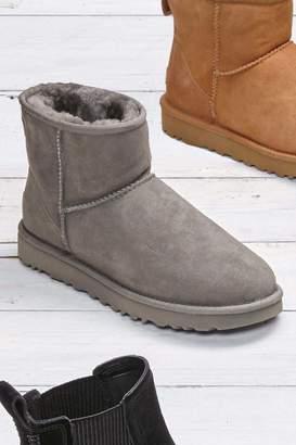 309a02761fa Grey Ugg Boots - ShopStyle UK