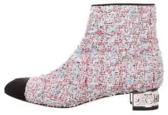 Chanel 2018 Tweed Cap-Toe Ankle Booties Pink 2018 Tweed Cap-Toe Ankle Booties
