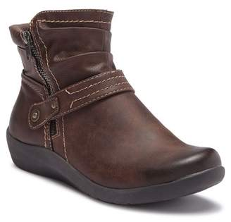 Earth Lilly Ankle Boot - Narrow Width Available