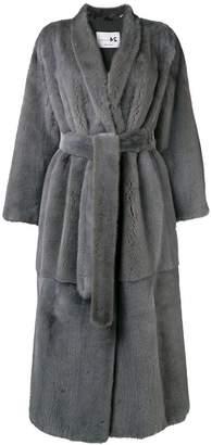 Manzoni 24 tie waist fur coat