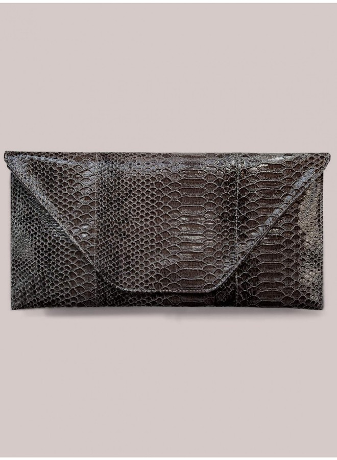 Marina Clutch in Carbon