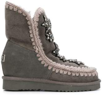 Mou sheepskin boots