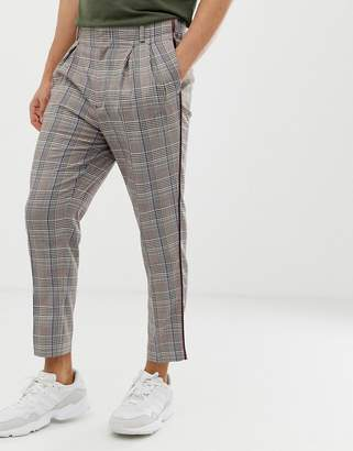 Asos Design DESIGN tapered smart pants in grey check with double pleat and grown on waistband