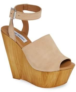 ad2da1eff938 Steve Madden Beige Women s Sandals - ShopStyle