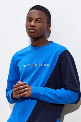 Tommy Jeans Tommy Hilfiger Slant Colorblock Crew Neck Sweatshirt