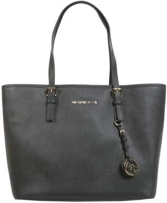 MICHAEL Michael Kors Jet Set Travel Medium Shoulder Bag