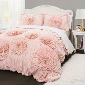 Better Homes & Gardens Better Homes and Gardens Ruffled Flowers Comforter Set
