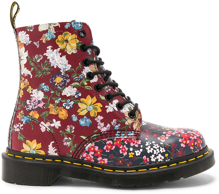 Dr. Martens Dr. Martens Pascal FC 8 Eye Booties