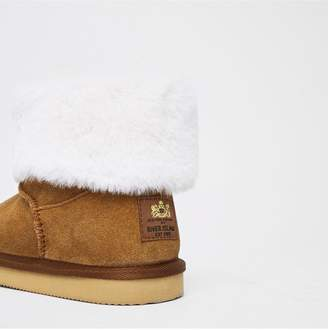 5a5c1a7ed94 River Island Girls suede faux fur lined boots