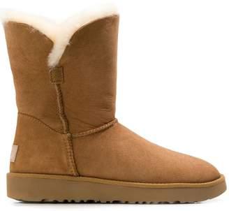 UGG (アグ) - Ugg Australia Classic Cuff Short boots