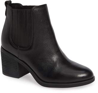 Sofft Sadova Chelsea Bootie