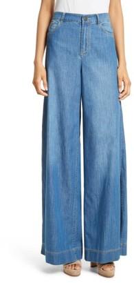 Women's Alice + Olivia Clarissa Side Slit Wide Leg Jeans $275 thestylecure.com