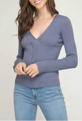 She + Sky Long sleeve knit V neck sweater