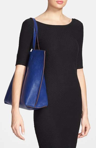 Street Level Reversible Faux Leather Tote & Wristlet - Black