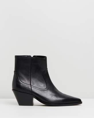 Atmos & Here Overton Leather Ankle Boots