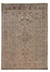Adina Collection Oriental Rug, 5'10 x 8'2