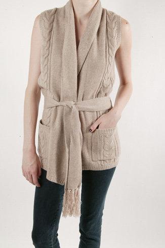 Brochu Walker Cable Wrap Sweater Vest – Camel