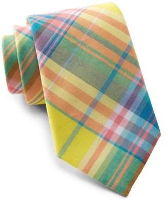 Tommy Hilfiger Tantalizing Plaid Tie