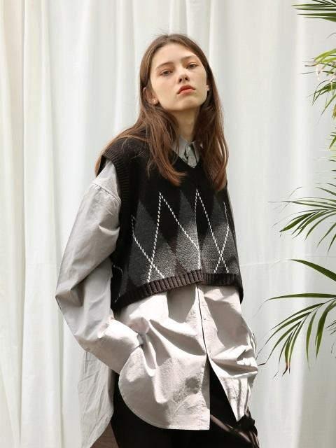 [UNISEX]Argyle Crop Knit Vest Black