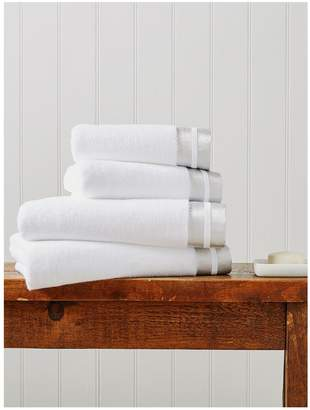 Christy Mode Metallics Cotton Bath Towel Collection – White Silver