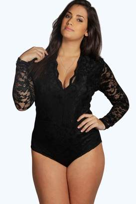 boohoo Plus Lace Long Sleeved Bodysuit
