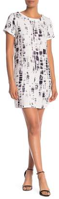 EEFY & Joe Short Sleeve Printed Shift Dress