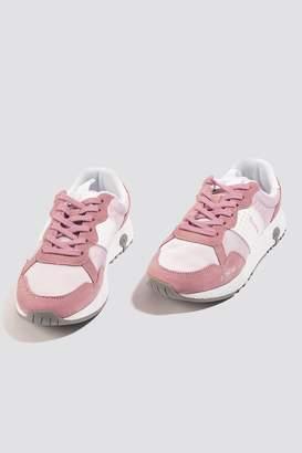 Champion VX Trainer Low Cut Sneaker
