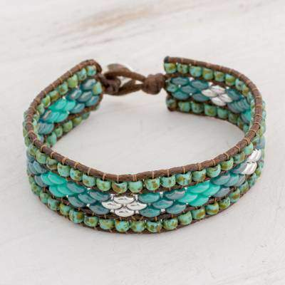 Cobbled Streets Glass Beaded Bracelet with Diamond Motifs from Guatemala