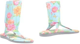 Pin Up Stars Toe strap sandals