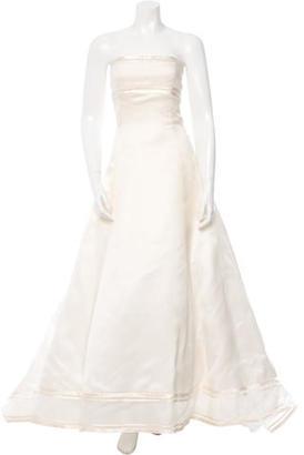 Vera Wang Silk Organza Wedding Gown $975 thestylecure.com