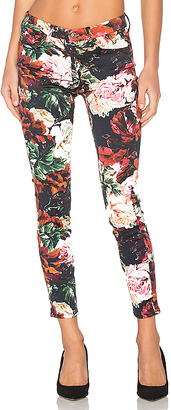 7 For All Mankind The Contour Ankle Skinny $199 thestylecure.com