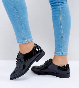 Asos Design DESIGN Wide Fit Manic flat brogues