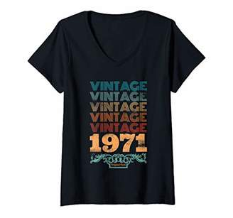 Womens Vintage 1971 Shirt 48th Birthday Gift 48 Years Old Quote V-Neck T-Shirt