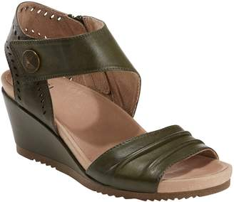 Earth R) Barbados Wedge Sandal
