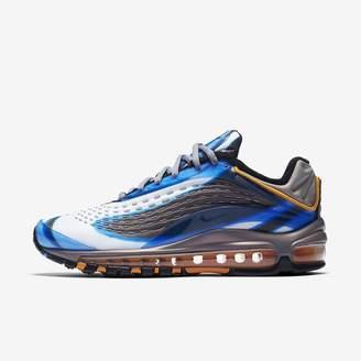 Nike Deluxe Women's Shoe