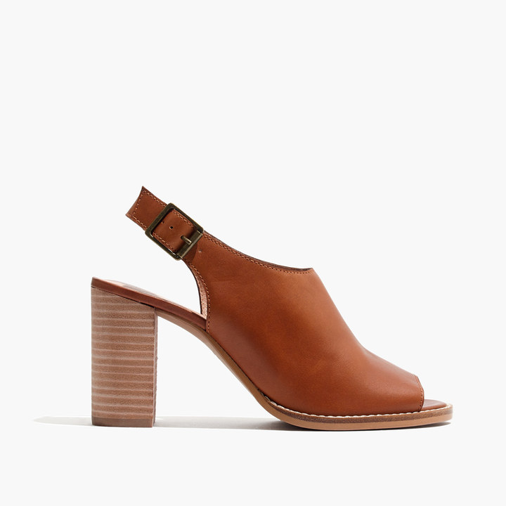The Cary Sandal in Leather