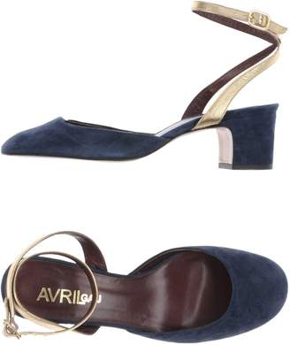 Avril Gau Pumps - Item 11430537TJ