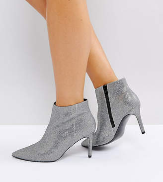 Asos Design EMBERLY Wide Fit Pointed Ankle Boots