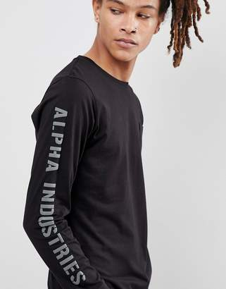 Alpha Industries Long Sleeve Top Logo Sleeve in Black