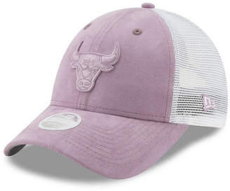 New Era Women Chicago Bulls Suede Trucker 9FORTY Snapback Cap