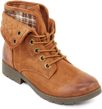 ARIZONA Arizona Yvonne Womens Quilted Lace-Up Ankle Boots $60 thestylecure.com