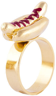 Glenda López The Hot Dog Ring